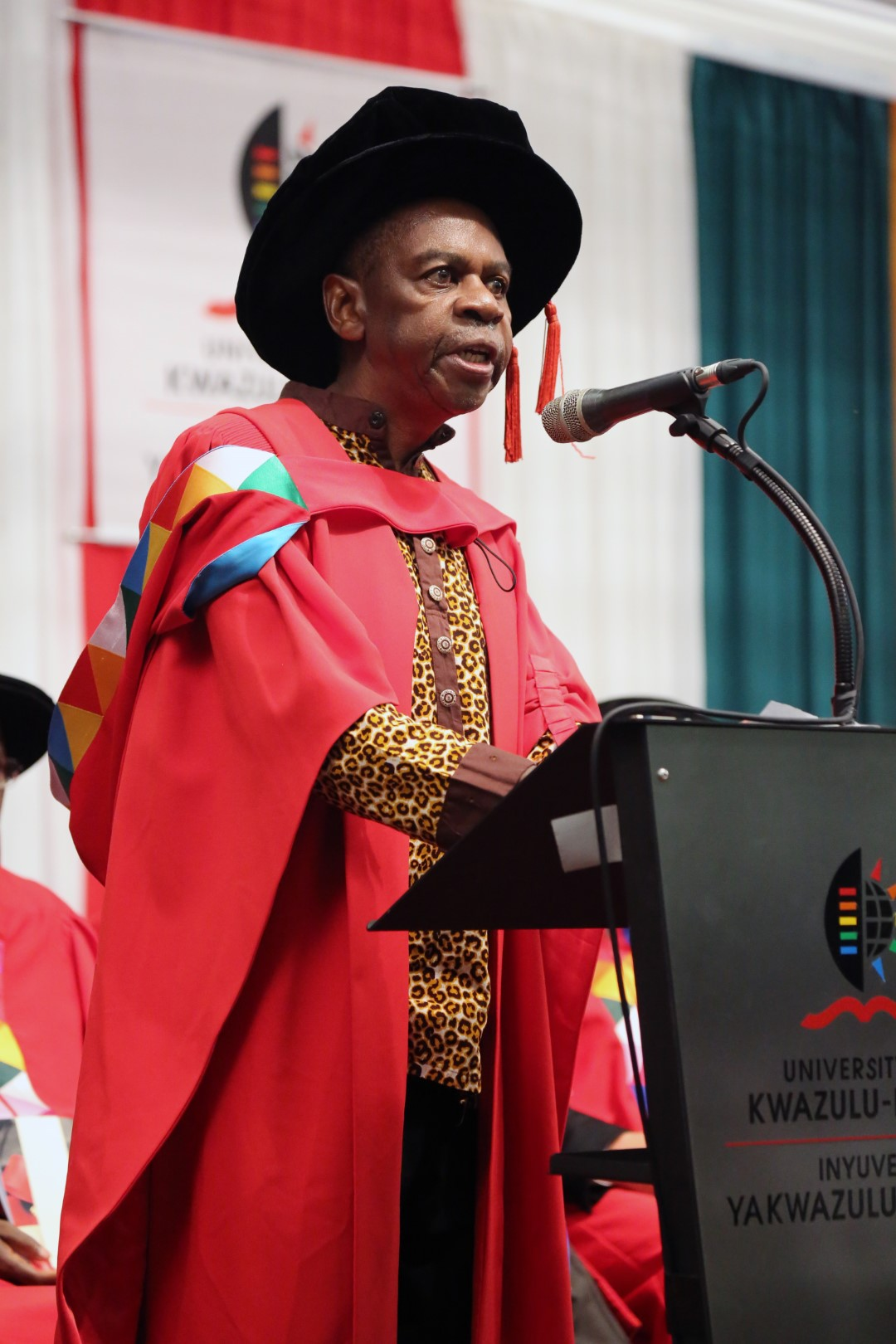 Dr Protas Madlala addresses audiences at the UKZN PMB Graduation